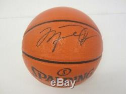 Beautiful Michael Jordan Chicago Bulls Autographed Basketball & Display Case COA