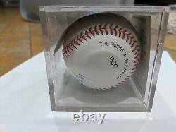 Brooks Robinson Signed Autographed Baseball with COA and display case