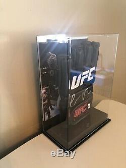 Conor McGregor Signed UFC Glove! (Left Hand) Display Case Included! Beckett COA
