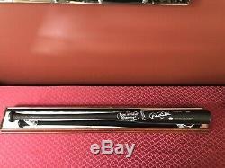 Derek Jeter Hand Autographed Louisville Slugger Baseball Bat Display Case- COA