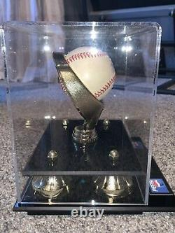 Ken Griffey Jr. Signed OMLB Baseball with Display Case and GSE COA Pepsi Promo