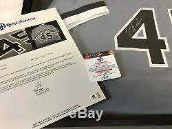 Michael Jordan SIGNED Birmingham Barons Jersey withDisplay Case & CoA
