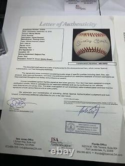 New York Yankees Signed Auto Baseballs In Display Case COA JSA HOF Jeter Mantle