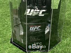 Quinton Rampage Jackson Signed UFC Glove In an Octagon Display Case AFTAL COA