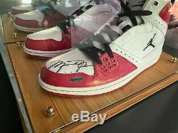 RARE Michael Jordan Auto Signed Air jordan Shoes UD COA Display Case