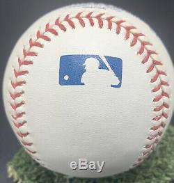 Roy Halladay Autograph On MLB Ball. Comes With COA & Display Case