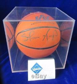 SIGNED withUPPER DECK COA SHAWN KEMP NBA WILSON BASKETBALL WithDISPLAY CUBE CASE