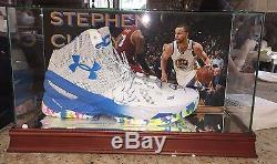 Stephen Curry Sc30 Autographed Sneaker Coa 6/6/16 Display Case Certification