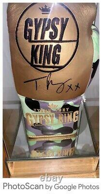 TYSON FURY SIGNED LTD EDIT GLOVE IN GLASS DISPLAY CASE 1 Only COA £240 Delivered