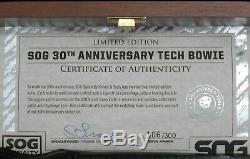 # 106 De 300 Sog 30e Anniversaire Tech Bowie S / N Tiger Stripe Bl Présentoir Coa