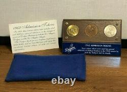 1962 La Dodgers Angels Stadium Admission Jetons (3) En Vitrine Mint Nic Coa