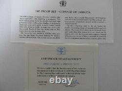 1982 Jamaica Proof Set Avec Le Cas D'affichage Et Le Coa