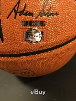 Belle Michael Jordan Chicago Bulls Autographed Basketball & Présentoir Coa