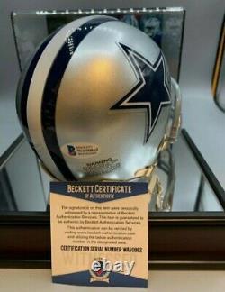 Belle! Zeke Elliot Signé Cowboy Mini Helmet W Beckett Coa And Display Case