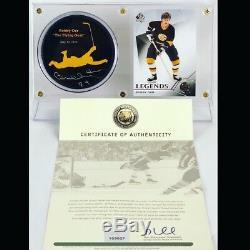 Bobby Orr Bruins Signés L'objectif De Vol Puck (orr Coa) W Vitrine