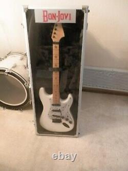 Bon Jovi @ Band Signé Guitare Drum Head Withpick, Vitrine Avec Coa Awesome