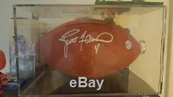 Brett Favre, Cas De Football Avec Affichage Autographié Coa