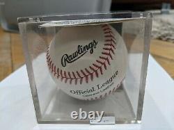 Brooks Robinson A Signé Le Baseball Autographié Avec L'aco Et Le Boîtier D'affichage