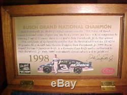 Case XX 1998 Couteau De Collection Dale Earnhardt Jr. Avec Coa Et Présentoir Rare