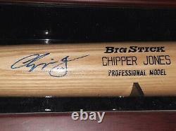 Chipper Jones Rawlings Série Professionnelle Signé Bat + Displaycase Jsa Coa