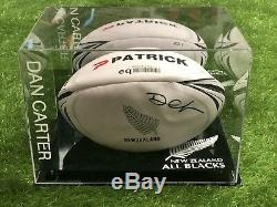 Dan Carter New Zealnad Ballon De Rugby Dans Une Vitrine Tous Noirs Rare Coa Aftal