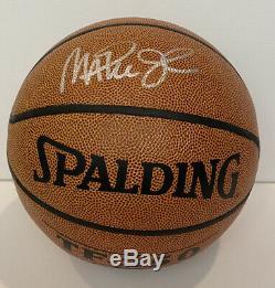 Dédicacé Basket-ball Magic Johnson W Coa, Vitrine Et Plaque Nom