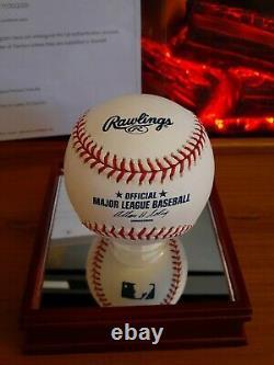 Derek Jeter Signé Lmb Baseball W Steiner Display Case & Beckett Pre Coa