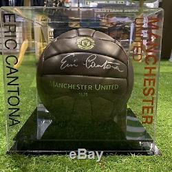 Eric Cantona Football Signé Manchester United King Légende Vitrine Coa