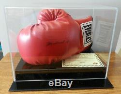 Gant De Boxe Everlast Autographié Signé Muhammad Ali Aveccoa Et Présentoir