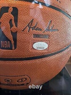 Giannis Antetokounmpo A Signé Nba Basketball Jsa Coa Display Case Inclus