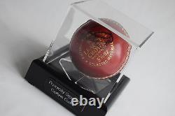 Graham Gooch Signed Autograph Cricket Ball Display Case Sport Angleterre Aftal Coa