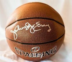 Julius Dr. J Erving Signé Basket-ball Avec Vitrine (psa Coa)
