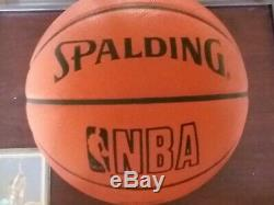 Kareem Abdul-jabbar Signé Nba Basketball Officiel Spalding W Présentoir Coa