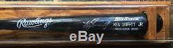 Ken Griffey Jr - Authentique Chauve-souris Big Stick Autographiée Avec Coa Et Vitrine