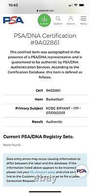 Kobe Bryant Signé Auto Autographed Basketball Psa/dna Coa And Display Case