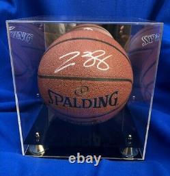 Lebron James Lakers Signé Autographié Spalding Basketball Coa Et Vitrine