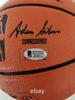 Magic Johnson Los Angeles Lakers Signé Basketball Display Case Et Beckett Coa