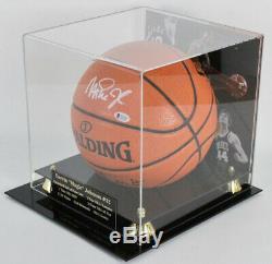 Magic Johnson Signé Basket-ball Avec Beckett Coa Présentoir Nba Spalding Auto