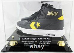 Magic Johnson Signé Converse Basketball Shoe Beckett Coa + Vitrine De Qualité