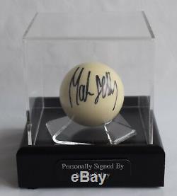 Mark Selby - Présentoir À Billes De Billard Autographié - Souvenirs Sportifs & Coa