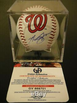 Max Scherzer Autographed Baseball Avec Affichage De Cas Et Coa