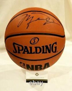 Michael Jordan Main Signée Nba Basketball & Display Case Autograph Comprend Coa