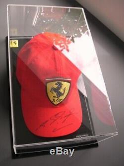 Michael Schumacher Rare Main Véritable Signé Ferrari Cap Display Case Coa Grand Prix F1