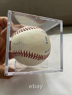 Mickey Mantle Autographié Baseball Avec Boîtier D'affichage Pas De Coa