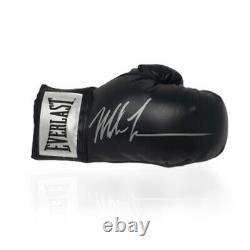 Mike Tyson Signé Champion Du Monde Gant De Boxe Dans Une Vitrine Aftal Coa
