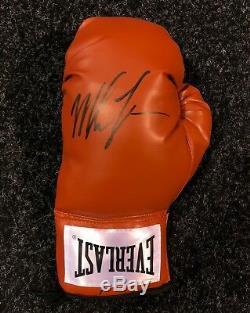 Mike Tyson Signé Gant De Boxe Champion Du Monde Afficher Cas Aftal Coa