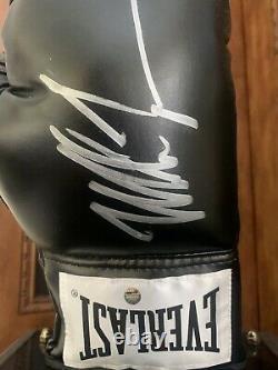 Mike Tyson Signé Gants De Boxe Everlast Noir Auto Avec Boîtier D'affichage Steiner Coa