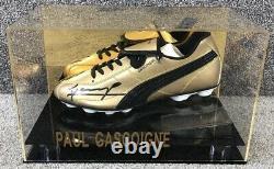 Paul Gascoigne Signé Botte De Football Dans Une Vitrine Gazza Coa