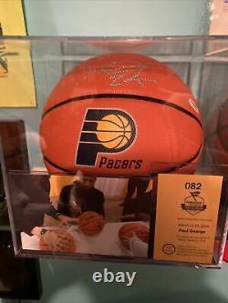 Paul George Autographed Basketball Avec Coa Image Preuve / Afficher Cas
