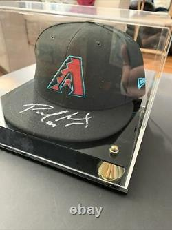 Paul Goldschmidt Autographed Baseball Cap Withdisplay Case. Coa Des Fanatiques